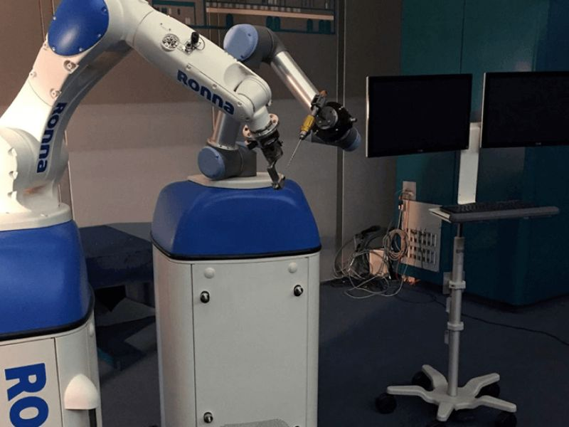 Robotic neuronavigation