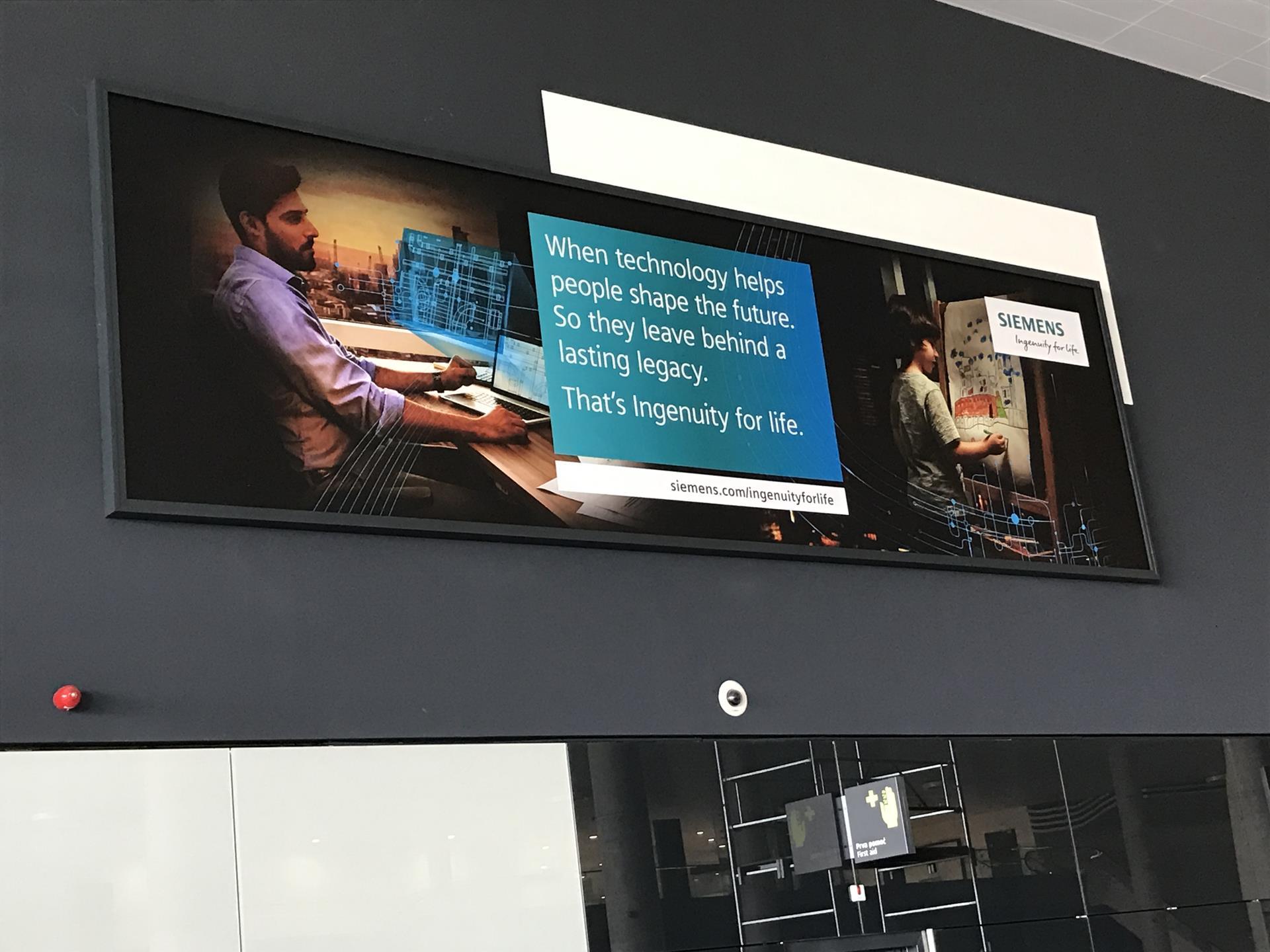 Werbeprogramm – Totems und Displays